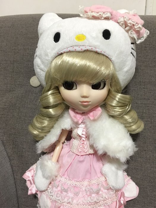 普利普 Pullip Hello Kitty 聯名 娃娃