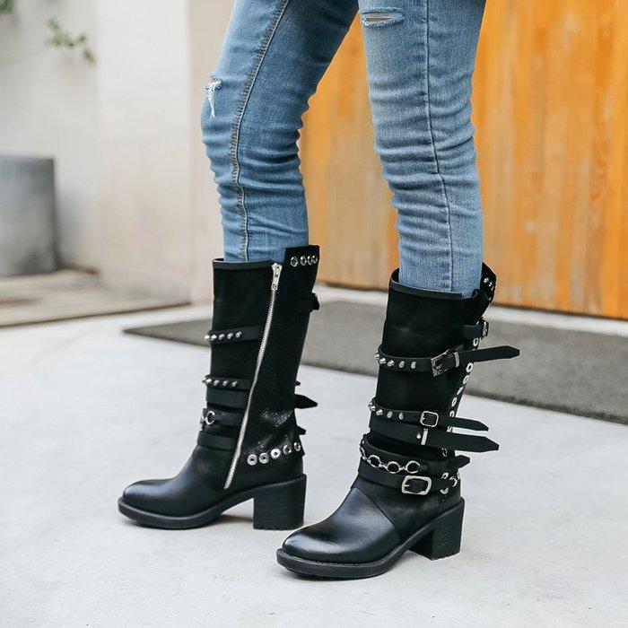 ~皮皮創~原創設計手工鞋。歐美潮款粗跟短靴頭層牛皮中筒靴做舊復古皮帶扣龐克鉚釘馬丁靴
