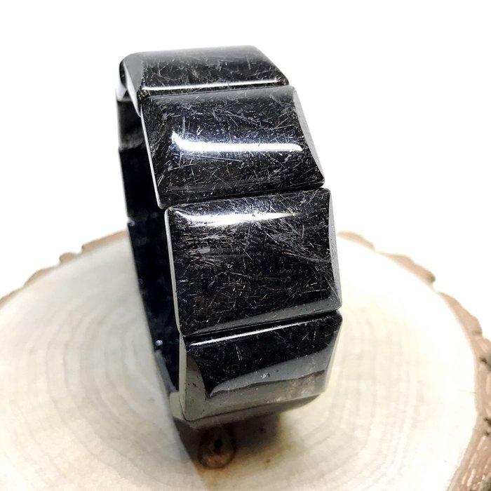 【收藏家】頂級天然黑銀鈦手排 黑銀鈦晶 清料滿絲款 大mm數 收藏品等級 28mm/133g