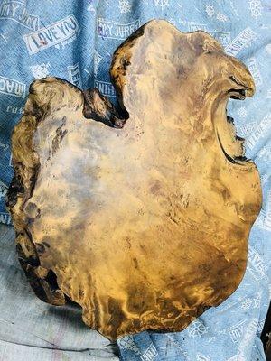 早期台灣黃檜瘤板小桌