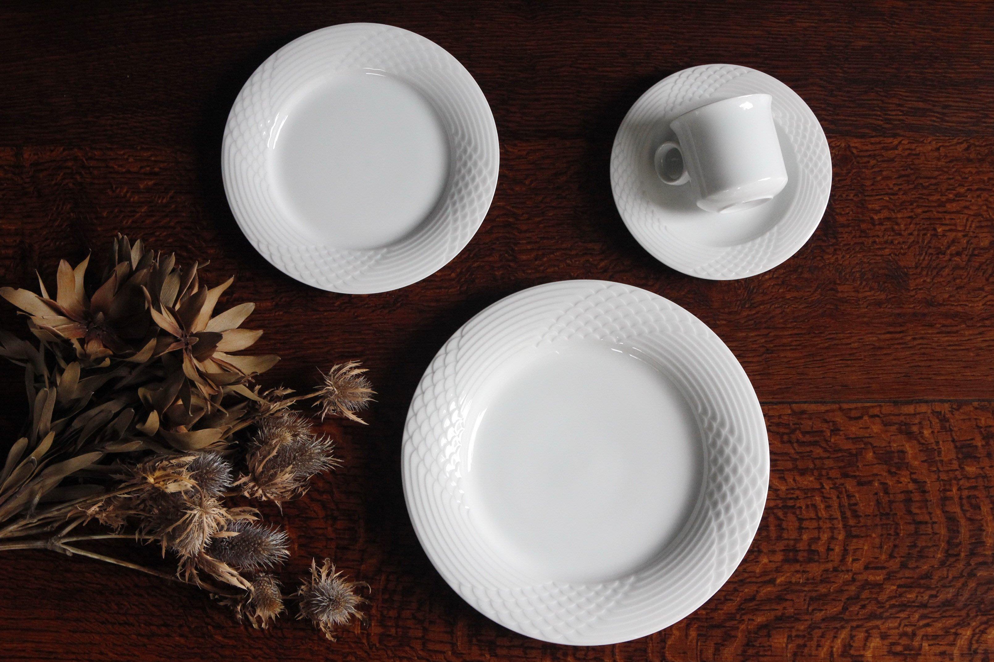 德國獅牌 HUTSCHENREUTHER 沙拉盤 瓷盤 歐洲古董老件(03_P-21-2)【小學樘_歐洲老家具】
