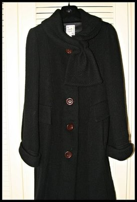 【 Nanette Lepore】黑色典雅毛線針織領結大圓扣洋裝式大衣(原價$42980)