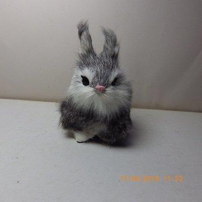 紫晶宮***單隻兔子高11.5cm灰色***品質保證價格便宜