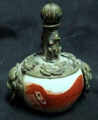 珊瑚紅彩繪-銀器老鼻煙壺