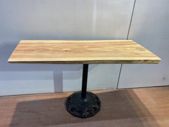 台灣亞杉餐桌 (含桌腳) 實木家具 泡茶桌 洽談桌 吧台桌 會議桌 咖啡桌 觀景桌 戶外桌 A3951【晶選二手傢俱】