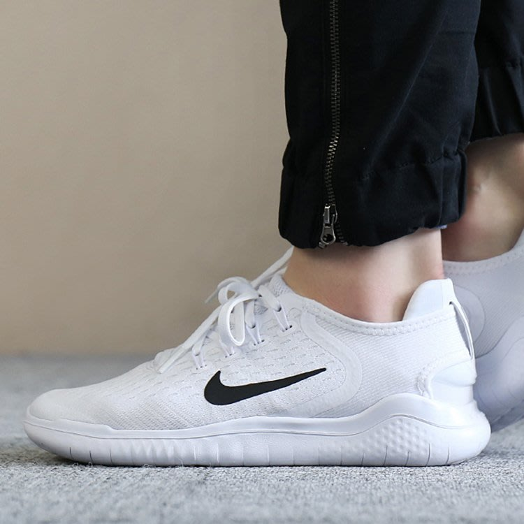 best sneakers 89856 35361 E.PNIKE WMNS FREE RN 2018 全白運動慢跑鞋942837-100 女鞋 Yahoo奇摩拍賣