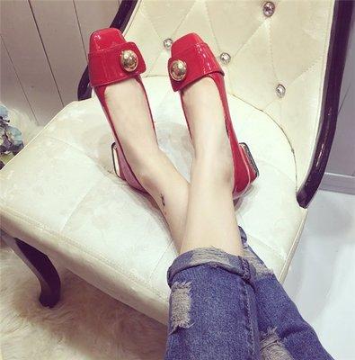 ~Linda~新款韓版漆皮蝴蝶結金屬扣方頭鞋電鍍粗跟鞋中跟紅色結婚單鞋