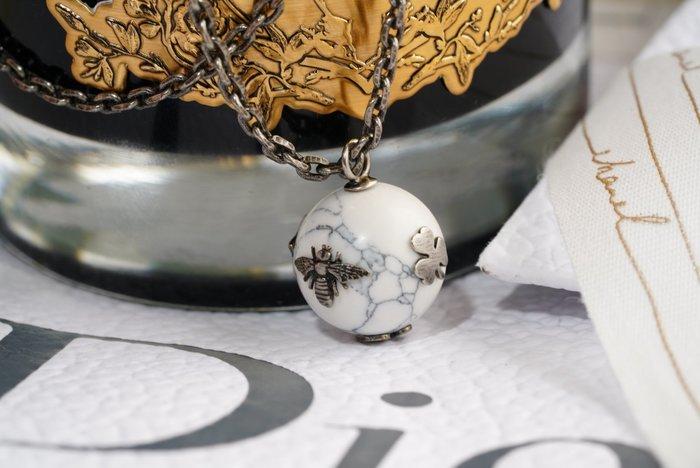 Dior N0717CDLCY301U CD Stress Necklace Gold/white 小蜜項鍊 白 現貨