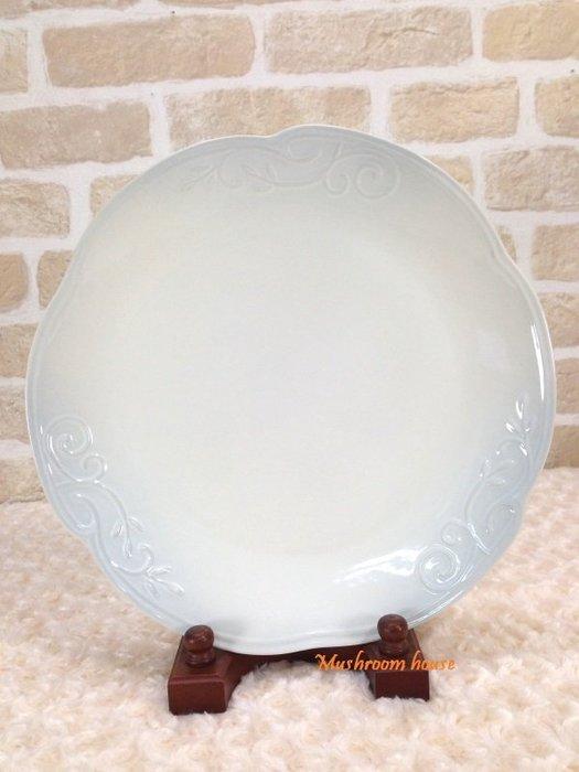 點點蘑菇屋 義大利WALD經典立體雕花大地色系列手繪高溫陶瓷32公分(天空灰/白色)點心盤 水果盤 晚餐盤 盤子 現貨