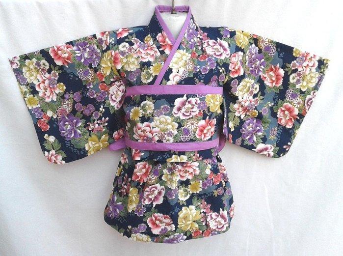 小雅兒童工作室~~純手工製作~~短版蝴蝶袖上衣+花邊袖圓領細折洋裝+雙色腰帶(藍色.燙金百花齊放