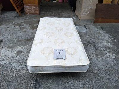 【安鑫】二手床墊~純白3尺單人【3X6.2尺】獨立筒床墊 彈簧床墊 !【A822】