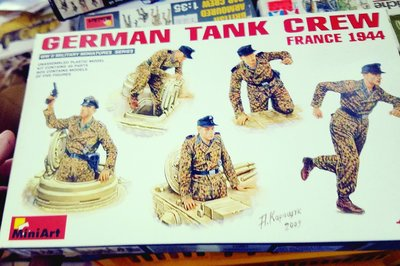 全新 -MiniArt- 35060- 1/35 -German Tank crew -(France 1944) -加拍賣費3元-M-250