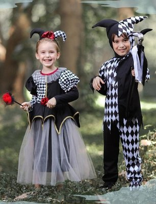 •*~ 辣媽咪衣飾小舖 ~*•❤童裝系列 📣Y870718世界派對萬聖節服裝.萬聖節裝扮.兒童變裝服--小丑格子