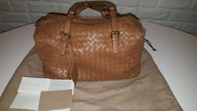 Bottega Veneta Bag 100% Authentic 新淨