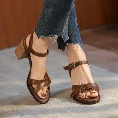 夏奈復古編織粗跟涼鞋女夏季2021新款一字扣帶露趾羅馬女鞋中跟高跟鞋