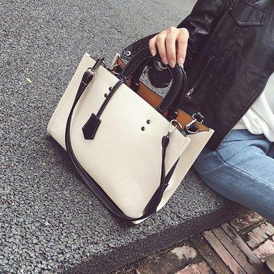 《澤米》日職限定手提包  春夏新發售平板肩包公事包黑色白色灰色CCA633