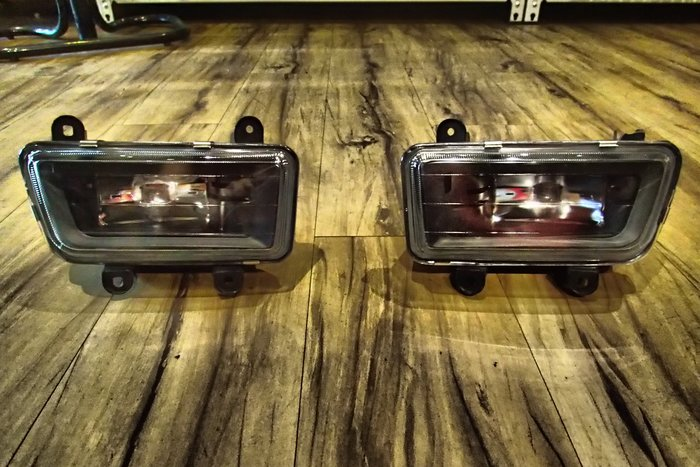DJD19032722 BMW E38 735 霧燈