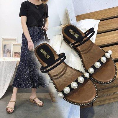 珍珠坡跟涼鞋女夏2019新款韓版百搭中跟一字拖鞋女二穿羅馬沙灘鞋