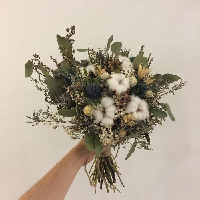 D46。白綠色系乾燥捧花。棉花。拍照捧花。客製新娘捧花。台北自取【Flower&House花藝之家】