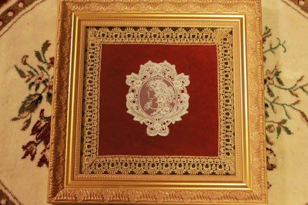 【家與收藏】特價稀有珍藏義大利布拉諾Burano古典仕女側臉肖像蕾絲花墊擺飾2