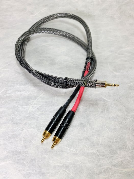 [山姆音響] NEW  3.5耳機公頭-RCA公頭/BELDEN 22AWG純銅線.金屬隔離黑網加強版/1米