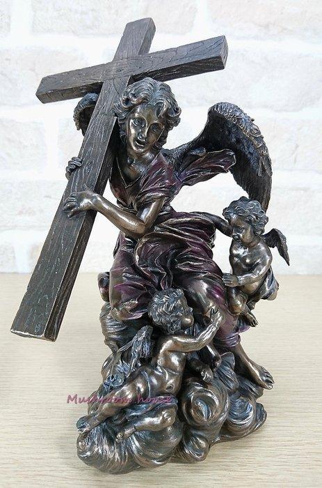 點點蘑菇屋 歐洲進口古典雕塑-仿銅天使抱十字架擺飾 耶穌基督 教會精緻飾品 天主教 藝術雕像 現貨 免運費