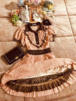 專櫃品牌axes日單學院風滿載金蔥蕾絲圓點百摺洋裝
