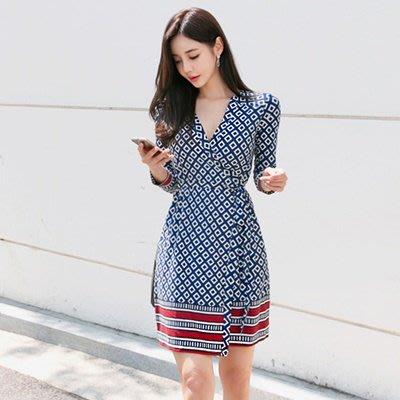 amuishop 100% KOREA韓國直送【0529-N-K052737】正韓泰戈爾詩集V領洋裝裙(實品圖)現貨