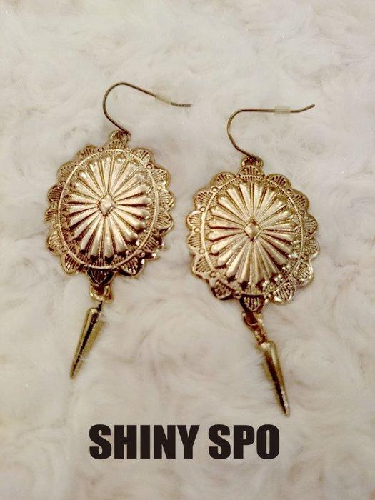 SHiNY SPO 日本品牌 Lagunamoon 古羅馬風金色橢圓下襬垂墜鉚釘耳環 特價