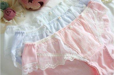 外貿內褲批發棉質刺繡女士內褲無痕蕾絲平角褲P02