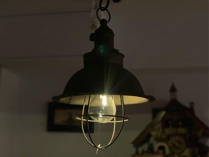 *黑頭小羊雜貨小舖*日本帶回zakka~鄉村風格/工業風格 鐵製移動式做舊感Led燈泡裝飾掛燈/露營裝飾燈/裝飾吊燈