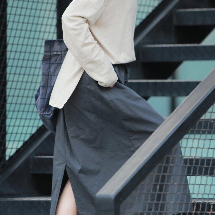 【鈷藍家】棉麻臆想 文藝後開叉灰藍色半身裙秋季新品洞庭鬆緊腰抽繩高支棉布長款休閒半身長裙