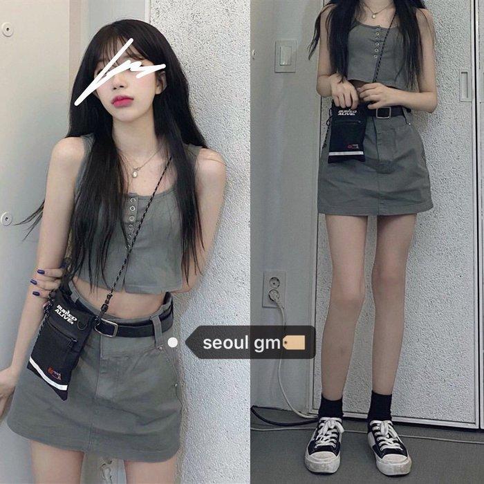 ❤Princess x Shop❤韓風chic復古紐扣無袖短款吊帶背心+酷酷顯腿長百搭半身裙女TAG3-30-99