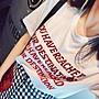 《巴黎拜金女》字母圖案歐貨白色純棉短袖簡...