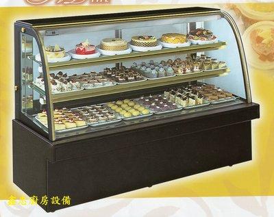 鑫忠廚房設備-餐飲設備:七尺落地型弧形蛋糕櫃-賣場有西餐爐-烤箱-水槽-工作檯