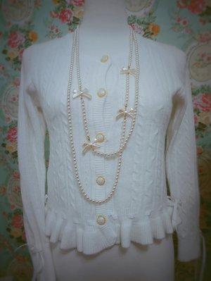 羽夢裳~浪漫小香風荷葉邊蕾絲透膚珍珠扣針織柔軟毛料外套上衣 緞帶綁繩調整鬆緊 s號 新娘白