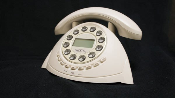【101-3C數位館】ALCATEL Retro 古董造型來電顯示電話 (可關鈴聲/螢幕背光) 白
