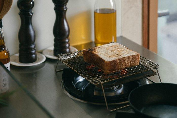 發現花園 日本選物 ~日本 京都老舖 辻和金網 職人手編  足付雙層烤網  烤土司.魷魚.麻糬~