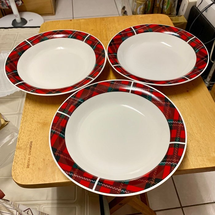 全新 韓國製 經典蘇格蘭格紋 骨瓷 餐盤 3件組 直徑22公分 可微波 可入洗碗機