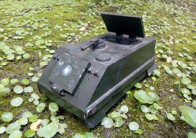 LVT 履帶登陸車 水鴨子   (重約2.1kg)