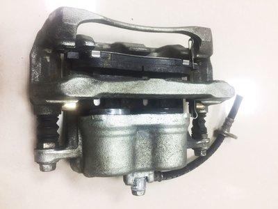 CRV 07年-11年 Nissin 原廠左前煞車分泵 二手拆車中古品 左前煞車分邦 左前煞車卡鉗 內附原廠來令片 品項新功能正常 只有左邊一個
