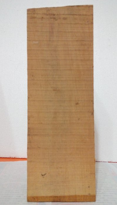 【九龍藝品】檜木 ~ 4寸角,長約35.4cm (2) 可各種運用