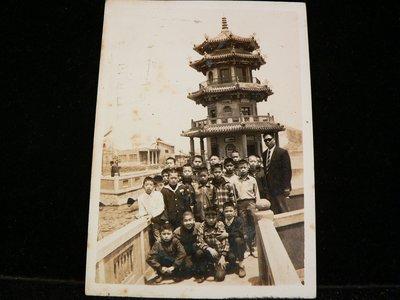 乖乖@賣場~照片.相片~老照片.黑白照片.團體照片.高雄龍虎塔.知名景點.FC33
