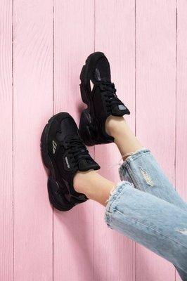 沃皮斯§限時75折 ADIDAS FALCON W 全黑 老爹鞋 女鞋 G26880