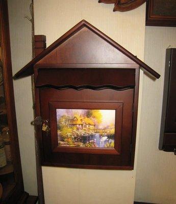 歐式屋型木製信箱、複製畫造型可反面填寫門牌號碼~