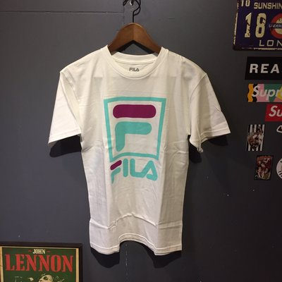 FILA STACKED TEE  WHITE 現貨+預購