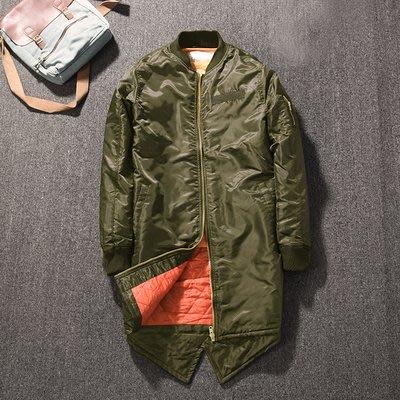 [C.M.平價精品館]零碼出清特價M~3XL/帥氣有型遮肉顯瘦黑色/軍綠色防水擋風長版夾克/外套