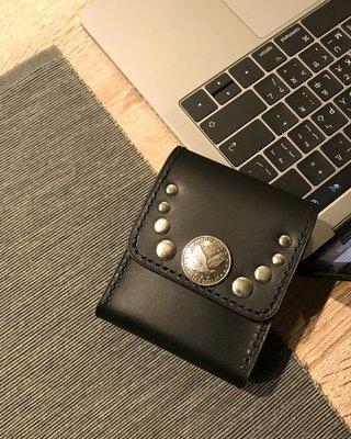 【IAN X EL】黑色牛皮老鷹銀扣煙盒 適一般短煙+打火機 提供免費烙印字服務