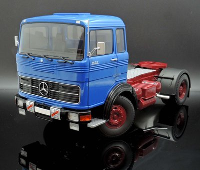 【M.A.S.H】現貨特價Road Kings 1/18 Mercedes-Benz LPS 1632 Tractor藍