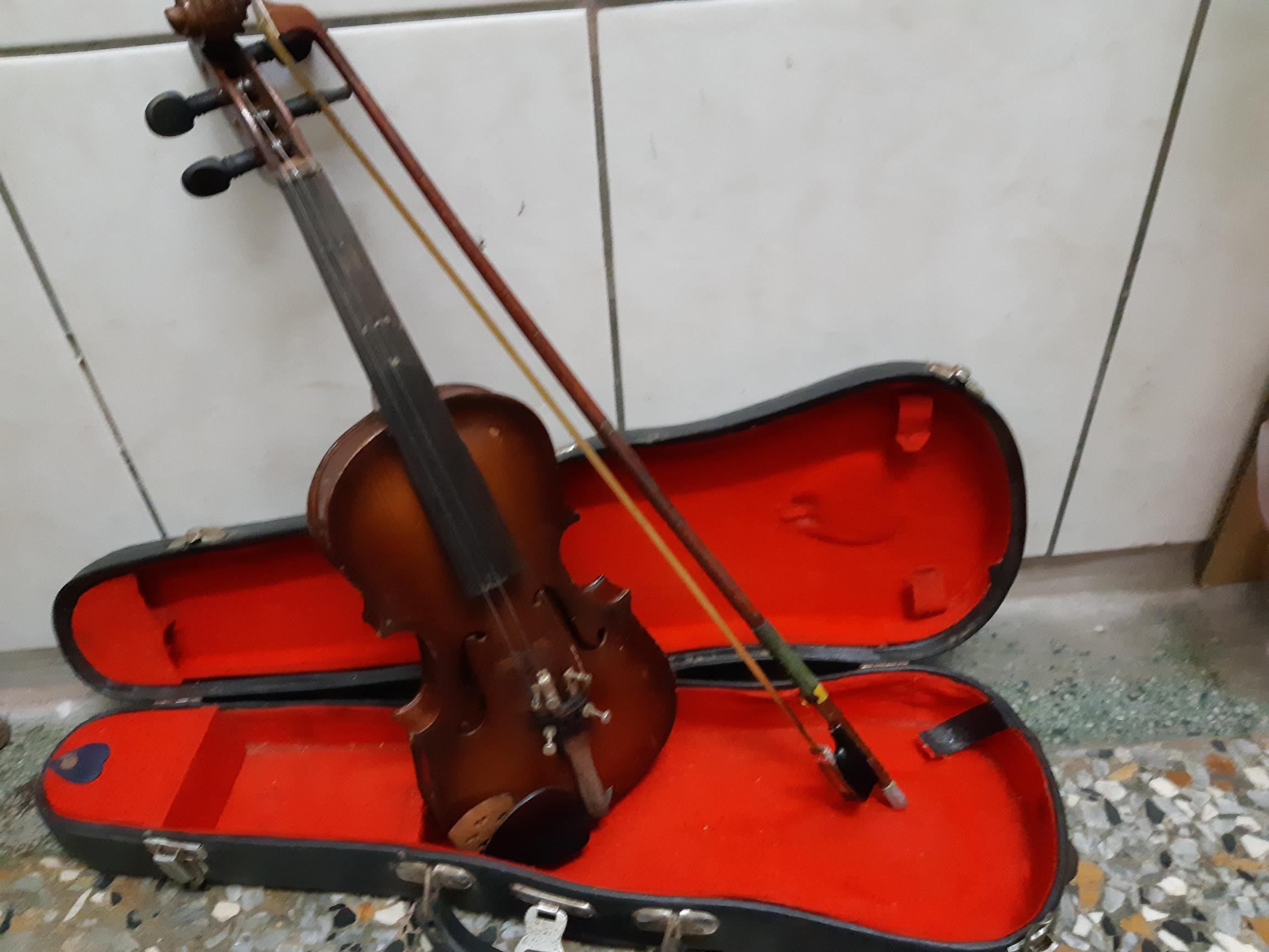 小提琴(適於年齡7-8歲)